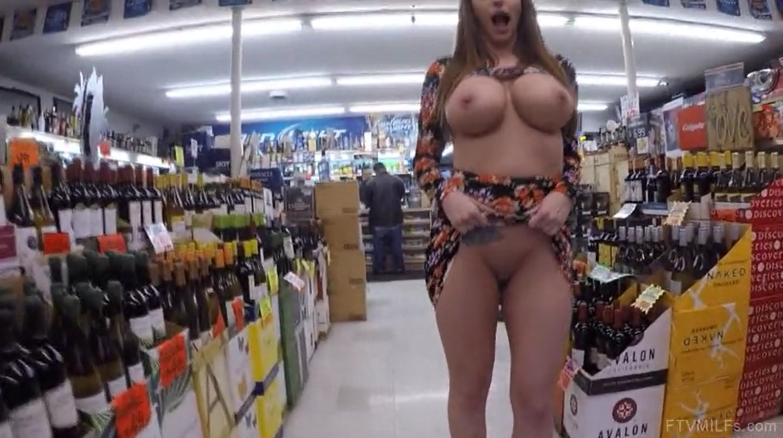 FTVMILFS Brooklyn Flashing in the Supermarket